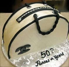 Handbag Cake!