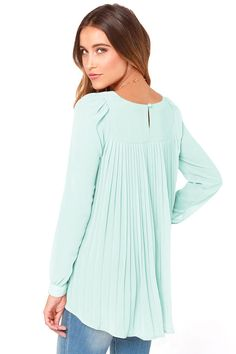 Light Green Long Sleeve Pleated Back Blouse 15.33
