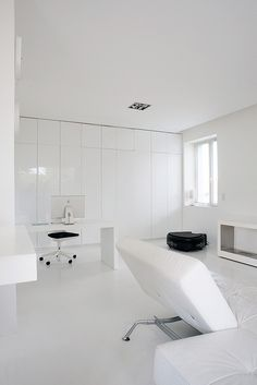 All White Loft in South of Paris 01