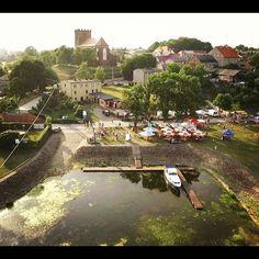 Przystań Pyzdry. #pyzdry #wielkopolska #poland #polska #instagram #instapolish #igerspoland #polandphotos #visitwielkopolska #warta #rzeka #river #nature #marina #dronephotography #drone #droneshot #drones #tbt #lubiepolske #turystykawgminie #wielkopolskatravel #wielkapetlawielkopolski