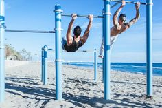 Gymanstics and street work out in the beach.