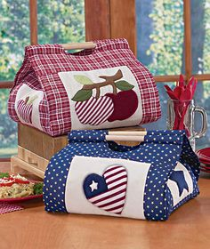 These casserole cozies transport food and keep it warm, too!  Really great hostess gift.
