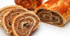 Mennyei Bejgli recept! A bejgli egy igazi hungarikum. Főként karácsonykor, és húsvétkor szokás készíteni. Általában diós és mákos ízesítésben készül, de mostanság már új ízekkel is kísérleteznek egyesek. Most a klasszikus, hagyományos diós bejgli készítését mutatom be. Ez a legfinomabb bejgli recept, amit valaha kipróbáltam! Hungarian Recipes, Vegetable Drinks, Greens Recipe, Sweet And Salty, No Bake Cake, Food Dishes, Food Videos, Sweet Recipes, Food And Drink