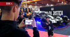 Arrancou esta quinta-feira em Matosinhos a quarta edição da maior convenção de cultura pop em território português. O evento decorre até domingo na Exponor e a SIC passou por lá http://blitz.sapo.pt/videos/2017-12-15-Comic-Con-Portugal-ja-comecou