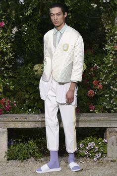 Pigalle presented its Spring/Summer 2017 collection during Paris Fashion Week. Runway Fashion, Fashion Show, Mens Fashion, Vogue Paris, Pigalle Paris, Asian Style, Spring Summer Fashion, Outfit Of The Day, Street Wear