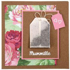 Oikea teepussi kortissa on hauska yksityiskohta ja myös tuoksuu hyvälle. Tarvikkeet ja ideat Sinellistä!