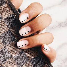 33 Pretty manicure that you can easily do - dot nail art design, painted nail art design, easy paint ed nail ideas,easy nail art ,simple nail polish #nails #nailartdesign