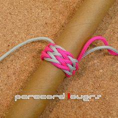 地道に練習シリーズ「Gaucho Fun knot」の編み方です。   先日の PineappleKnot でアップしたタークスヘッドをベースに編んで行きます。  今回は、 一番簡単そう 説明が簡単そうな 5 Parts 4 Bights のタークスヘッドをベースにします。   ...