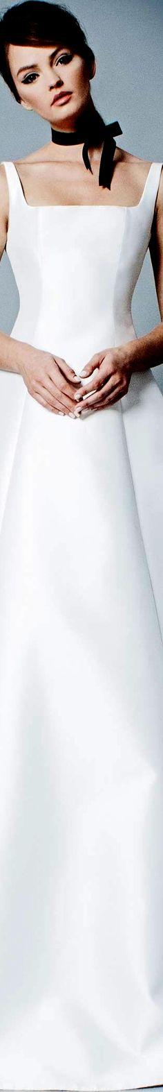 Romona Bridal Fall 2018 Romona Keveza, Elegance Style, Black White Red, Fall 2018, Bridal Collection, Couture Fashion, One Shoulder Wedding Dress, Style Fashion, White Dress