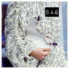 ✖️DETAIL✖️👌🏼@Marni #fashionweek #ss17 #bag #white