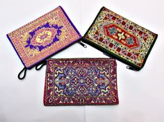 *** 10 cm X 15 cm Turkish kilim coin purse / Ethnic wallet / Rug wallet ▲ Shipping  All items are shipped with national priority mail service which includes tracking number. Items are being sent with PTT ( national post service) and you will get it delivered by your local Postal provider.  Items are shipped to your Etsy Address. Please make sure it is correct. ▲ Estimated shipping times  Usa → 20 - 30 Business days Europe → 20 - 30 Business days Canada → 20 - 30 Business days Austra...