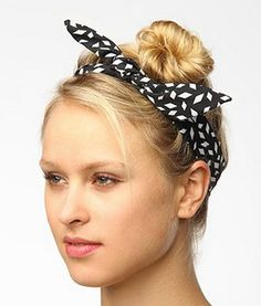 Structured Chiffon Head Wrap  (Cute idea for my Rosie the Riveter styling...)