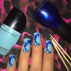 Blue Drymarble Mix All you need is polish and some toothpicks I use Midnight Blue by @sinfulcolors_official and Putting on Airs by @wetnwildbeauty #nails #nailsdid #nailswag #nailsofinstagram #nailsaddict #nailart #naildesign #nailpolish #notd  #nailobsessed #naillove #ignails #fashion #featuremynails #nailsdaily #nailitdaily #lookatmynailart #glamorousnailart #nailssofine #scra2ch  #nails_by_jacqueline_  #drymarble #sinfulcolors #wetnwildnailpolish #blue #bluenails #drymarblenails…