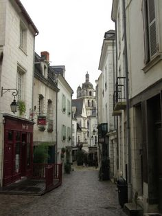 rue piétonne de Loches