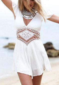 Stylish V-Neck Short Sleeve Hollow Out Solid Color Women's Romper