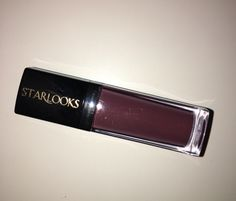 Starlooks liquid matte in shade MLP4 PIQUANT swatched once.