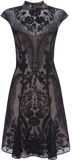 Karen Millen bead-embellished lace dress (281,64 €)