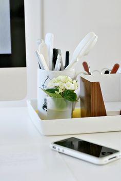 coralling desk stuff
