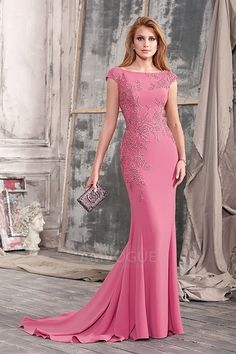 Exciting Chiffon Bateau Neckline Floor-length Mermaid Formal Dress With Lace AppliquesSweep/Brush Train Mother of the Bride Dress With Appliques Lace Petite Formal Dresses, Dresses Elegant, Girls Formal Dresses, Affordable Wedding Dresses, Formal Evening Dresses, Evening Gowns, Dress Formal, Evening Dresses Online, Bridesmaid Dresses