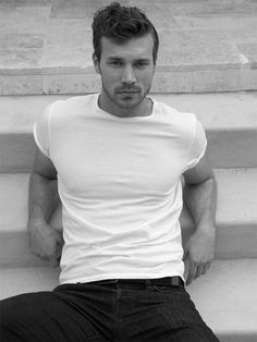 Derek Theler Talks Living With Type 1 Diabetes With Bello Mag: Photo We'll say it -- Derek Theler would win every single wet t-shirt contest he would ever enter. The Baby Daddy actor got soaked in a pool for the new… Derek Theler, Wet Tshirt Contest, Cover Boy, Wet T Shirt, Mens Fashion Suits, Men's Fashion, Actor Model, Baby Daddy, Attractive Men