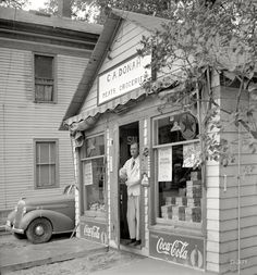 "July 1940. ""General store in Lincoln, Vermont."" Medium-format nitrate negative by Louise Rosskam for the Resettlement Administration. View full size."