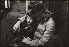 Couple on a subway. Photo by Stanley Kubrick, 1946