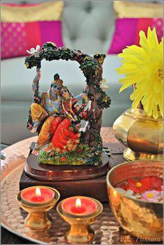 Indian décor, Indian Festivals décor, Indian Inspired Decor, Janmashtmi… India Home Decor, Ethnic Home Decor, Home Decor Items, Diwali Decorations, Festival Decorations, Mandir Decoration, Indian Inspired Decor, Janmashtami Decoration, Indian Room