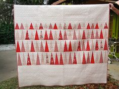 Denyse Schmidt's In The Pines Quilt | Flickr - Photo Sharing!  I think this is my current favorite Christmas Quilt