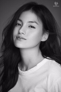 Korean Actresses, Korean Actors, Actors & Actresses, New Girl, Girl Crushes, Kdrama, Editorial Fashion, Asian Girl, Celebrities