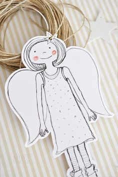 Engel basteln für Weihnachten, Weihnachtsschmuck basteln, DIY Geschenkanhänger