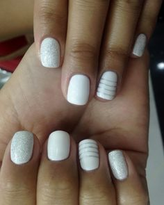 Loving this all-white nail art with stripes + sparkles!