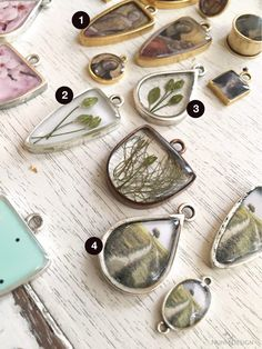 Learn how to create these 4 unique resin techniques using resin, colorants, imagery and organics. All supplies are also available for purchase both retail and Colorized Resin with Transfer SheetsFor this technique, there are two pours of resi Resin Jewelry Tutorial, Resin Jewlery, Making Resin Jewellery, Resin Tutorial, Diy Resin Pendant Necklace, Making Resin Necklaces, Jewellery Diy, Diy Jewelry Making, Diy Jewelry Unique