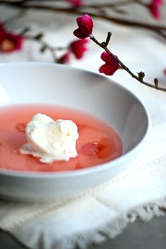 A Scandinavian Rhubarb Soup for Spring/Recipe @ Outside Oslo Wine Recipes, Soup Recipes, Dessert Recipes, Desserts, Recipies, Nordic Recipe, Panna Cotta, Norwegian Food, Bon Appetit