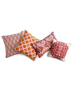 Colorful pillows - Orange and pink
