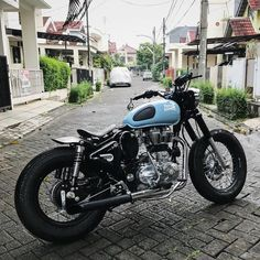 Trendy Ideas For Bullet Bike Royal Enfield Motors 17 Trendy Ideas For Bullet Bike Royal Enfield Trendy Ideas For Bullet Bike Royal Enfield Motors Enfield Bike, Enfield Motorcycle, Sportster Cafe Racer, Cafe Racer Bikes, Tracker Motorcycle, Motorcycle Style, Chopper Motorcycle, Bullet Modified, Royal Enfield Classic 350cc
