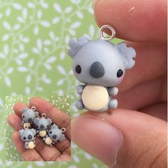 Koalas are one of my favorite animals! Fimo Kawaii, Polymer Clay Kawaii, Polymer Clay Animals, Fimo Clay, Polymer Clay Projects, Polymer Clay Charms, Polymer Clay Art, Polymer Clay Jewelry, Clay Crafts