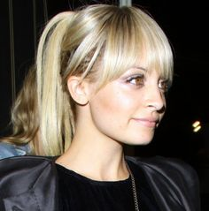 cute bangs + pony: how ponytails should be done ....