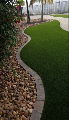 27 Beautiful Lawn Edging Ideas - Patio edging doesn't need to be boring! You should also choose lawn edging that works the most appropriate for the climate you reside in. On the marketplace, there are lots of garden edging solutions out …