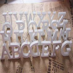 Купить товарAz письма дополнительно, Белый деревянный дерево письма алфавит слово украшения свадебные украшения центральные декор слова в категории События и праздничные атрибутына AliExpress.     A-Z буквы Бесплатная необязательно, белый древесины, деревянные буквы алфавита слово украшения украшения свадьбы цен