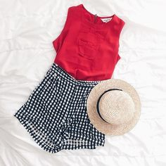 super love these #highwaisted checkered #shorts!