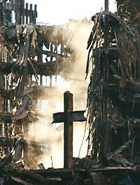 World Trade Center Cross / Ground Zero Cross . formed & left standing as the World Trade Center collapsed - Sept We Will Never Forget, Lest We Forget, Don't Forget, World Trade Center, Trade Centre, God Bless America, Fotografia Post Mortem, Porche Halloween, New York