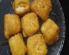 Crunchy paneer pakora is a popular mouthwatering Appetizer recipe. Paneer cubes dipped in a spicy besan flour batter. Deep fry it. Serve with greenchutney.