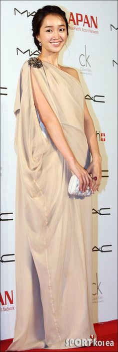 Soo-ae (수애) Long Gown Dress, Long Gowns, Korean Beauty, Asian Beauty, Korean Girl, Asian Girl, Korean Actresses, Korean Celebrities, Girl Day