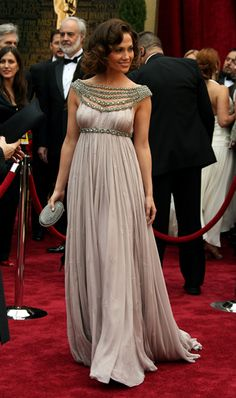 Jennifer Lopez 2007 The Academy Awards.  Love this one!