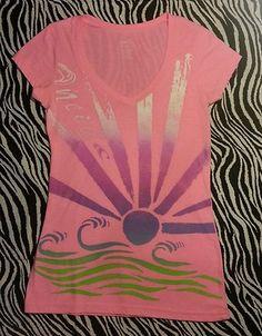 Oneil Junior Hot Neon Pink V Neck Rainbow Sun Rays Tee Shirt Top Size M EUC   eBay