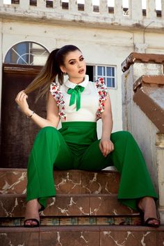 Shop our online boutiques, Beeu Boutique carries the newest fashion shop in store or shop online! We carry the hottest womens fashion! Online Fashion Boutique, Womens Fashion Online, New Fashion, Elegant Outfit, Online Boutiques, Workout Leggings, Classy Outfits, Beautiful Dresses, Jumpsuit