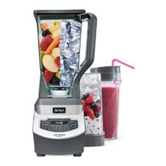 """And EASY Nutri Ninja Smoothie Recipes! Is the Nutri Ninja Auto IQ Blender REALLY worth the money and all the """"best blender EVER"""" hype? Is it worth the money? Ninja Mixer, Ninja Blender, Low Carb Smoothies, Good Smoothies, Fruit Smoothies, Smoothie Recipes, Smoothie Drinks, Detox Drinks, Grapefruit Smoothie"""