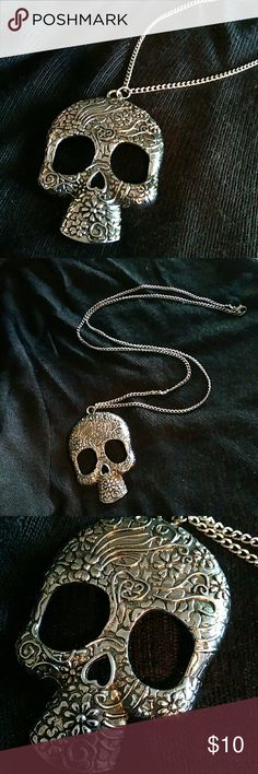 """SALE  Skull Necklace Floral embossed skull design. Apprx 16"""" chain. Jewelry Necklaces"""