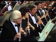Choral-Fantasy in C minor, op 80 by Ludwig van Beethoven Wiener Jeunesse-Chor Homero Francesch, piano Wiener Philharmoniker Leonard Bernstein, conductor