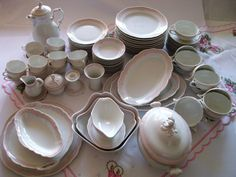 €1500,00 Rare German porcelain Hutschenreuther coffee and by MoniceBoutique